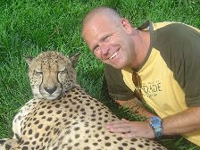 Anders is enjoying a chat with a cheetah at Zoo Lujan outside Buenos Aires in Argentina. Click to enlarge.